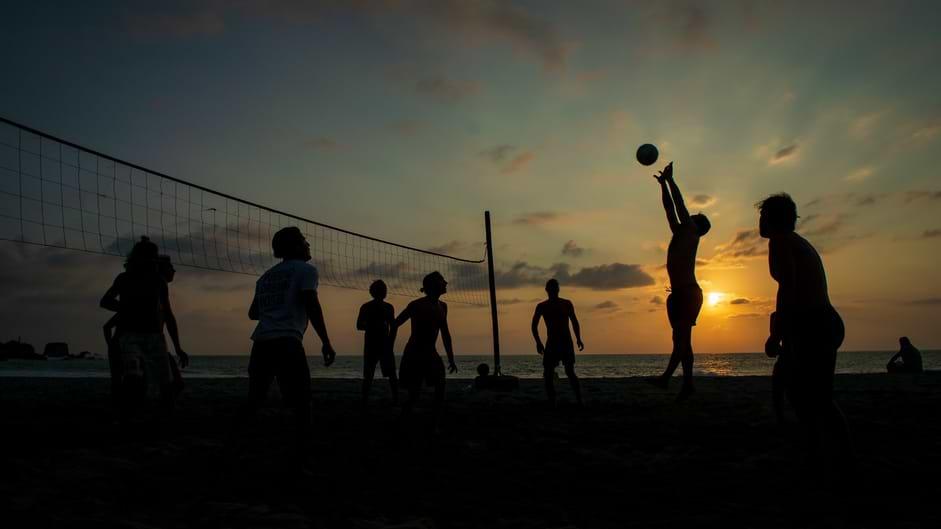 How tall is a volleyball net – volleyball net height regulation