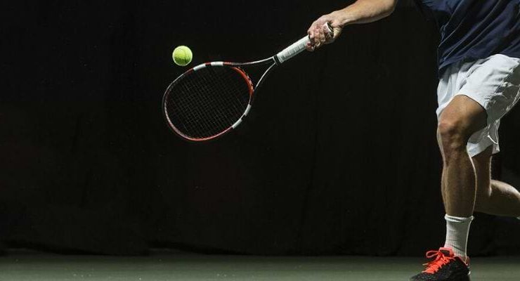How to size a tennis racket