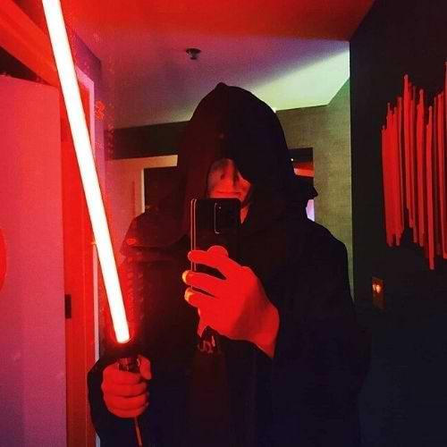 star Wars Scream light saber